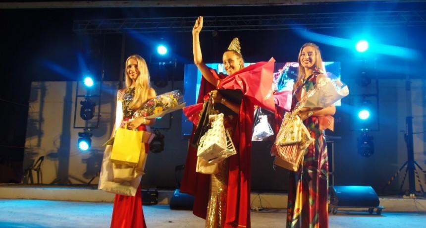 La joven federalense Agustina Gatti primera princesa en la Fiesta Provincial del Cordero