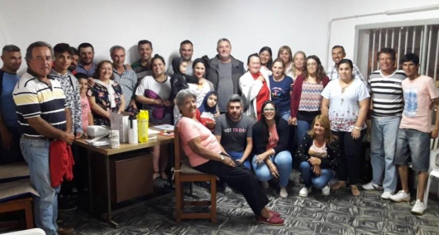 El equipo político de Schonfeld - Androsiuk- Valiente inauguro su local partidario