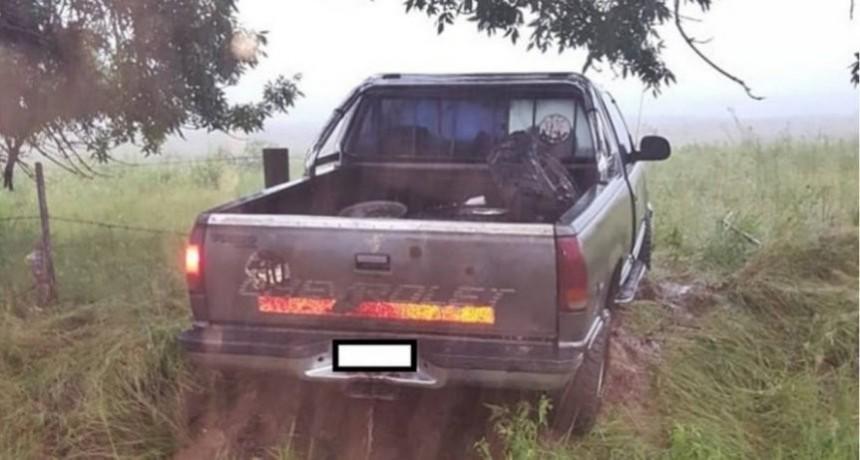 Raid delictivo: Robaron una camioneta en Federal, chocaron en Concordia e intentaron fugarse