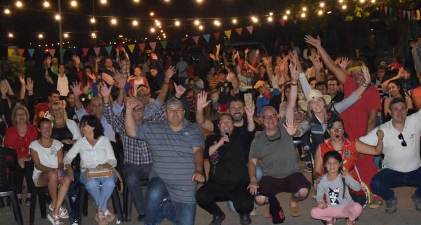 Las familias de Federal disfrutaron de la visita del camión Escenario Viajero