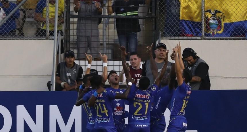 Con una goleada de Delfín comenzó una nueva edición de la Copa Libertadores