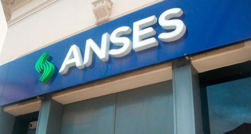 El Gobierno toma otros $10.000 millones de la ANSeS para financiarse
