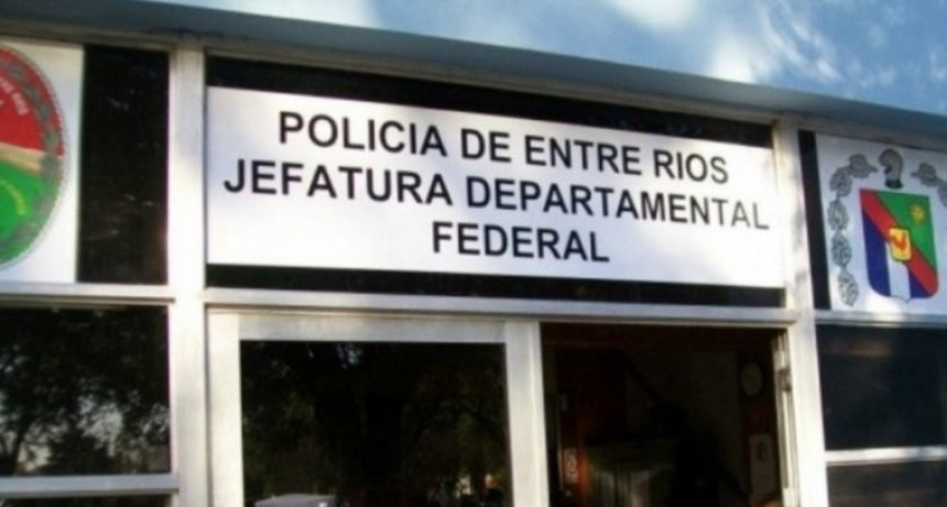 Investigan estafa y un posible autorrobo en un local de cobro de servicios de Federal
