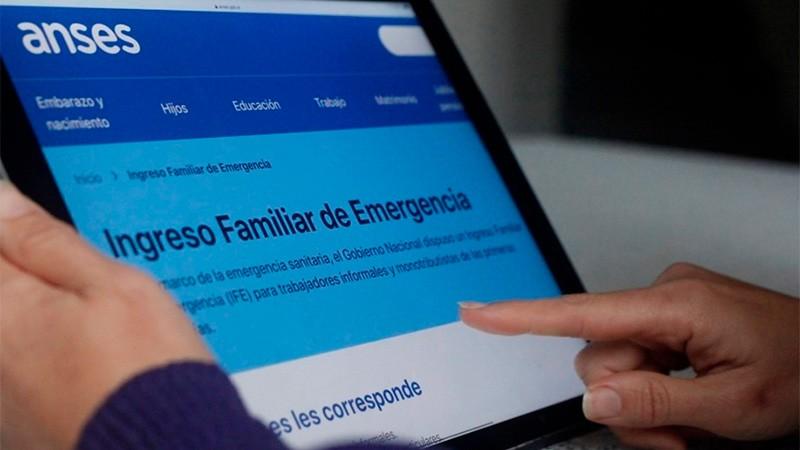 El Gobierno evalúa retomar el IFE y el programa ATP