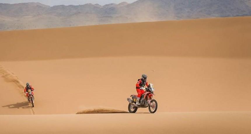 Kevin Benavides y Manuel Andujar, cerca de hacer historia en el Dakar 2021