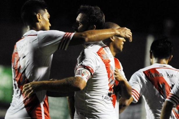 River goleó a un débil Sarmiento 4-1 en Junín