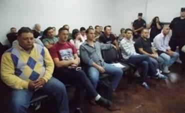 Ex policias que estuvieron detenidos en Federal demandarían al estado provincial