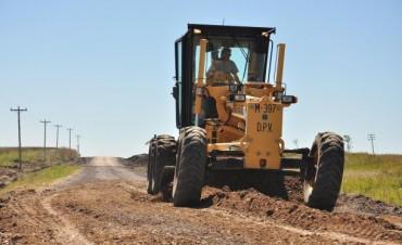 Operativos de Vialidad para repasar caminos y alcantarillas afectadas por las intensas lluvias en el Dpto. Paraná