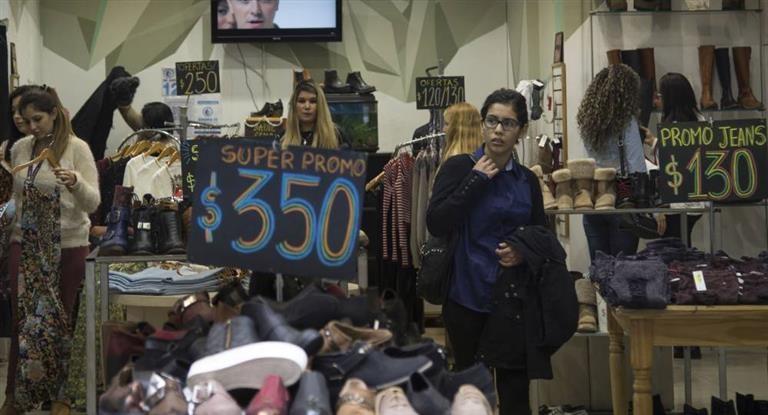 Afirman que la importación de indumentaria aumentó 21,2% en enero