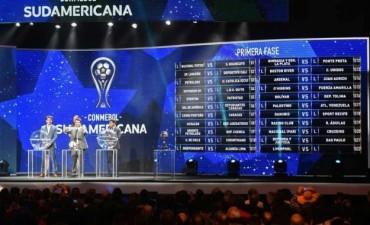 Racing y Huracán, los primeros equipos argentinos que debutarán en la Copa Sudamericana