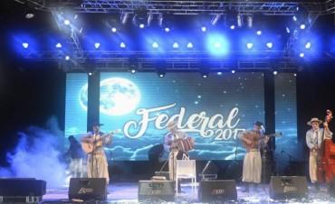 A pesar de las lluvias , Federal presento extraordinarias jornadas festivaleras