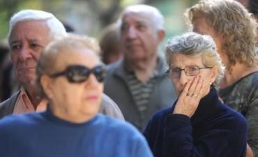 Otra polémica para el Gobierno: cambian fórmula y dan aumento menor de jubilaciones