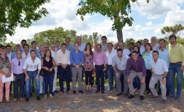 Con agenda política e institucional, Bordet juntó a intendentes del PJ