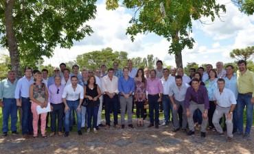 EL PRESIDENTE MUNICIPAL CHAPINO PARTICIPÓ DE LA REUNIÓN DE LIGA DE INTENDENTES EN COLONIA ELÍA
