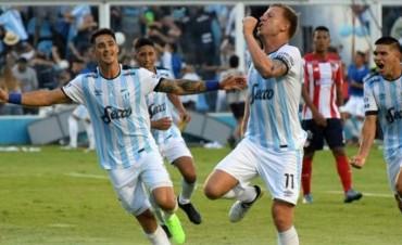 Atlético Tucumán revirtió la serie y se metió en la fase de grupos