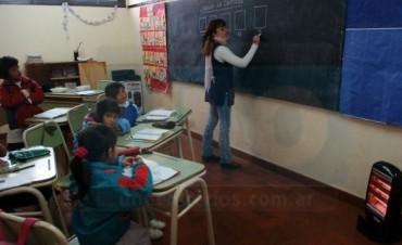 Campaña de voluntarios docentes, una idea que encendió la polémica