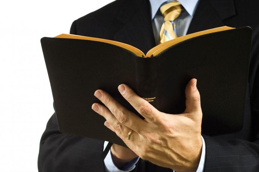 Imputaron a pastor por presuntos abusos en Santa Elena