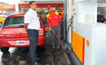 La petrolera Shell también subió hasta 3,5% los precios de sus naftas