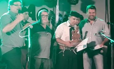 Los Hermanitos Figueredo los ganadores del Certamen Buscando Nuevos Valores de Federal