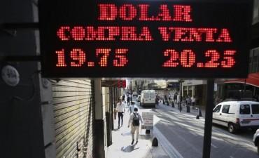 ¿Por qué se dispara el dólar?