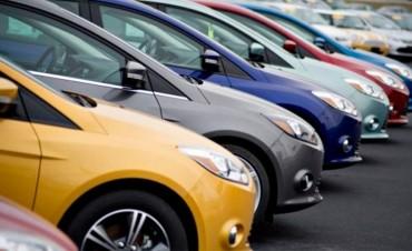 El precio de los autos 0 Km sube hasta un 7 por ciento por el aumento del dólar