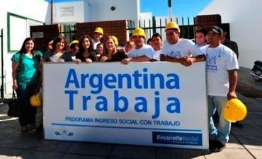 Habrá cambios en planes sociales: Eliminarán Argentina Trabaja y Ellas Hacen