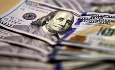El dólar trepó 20 centavos y alcanzó un nuevo récord histórico a $ 20,48