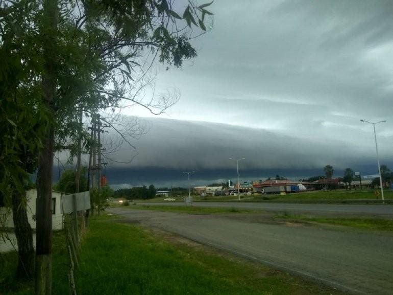 Continúa el alerta por tormentas fuertes para Entre Ríos