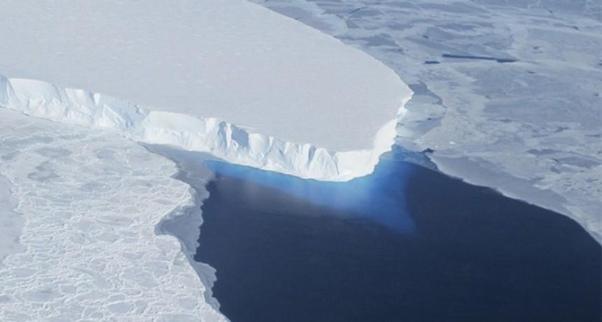 La Nasa advierte por la rápida desintegración de un glaciar de la Antártida