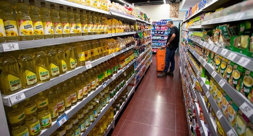 La inflación fue de 2,9% en enero y superó el 49% en apenas doce meses
