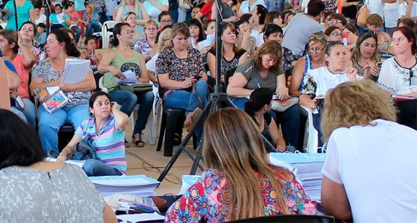 Se realizarán concursos de titularización docente: el cronograma