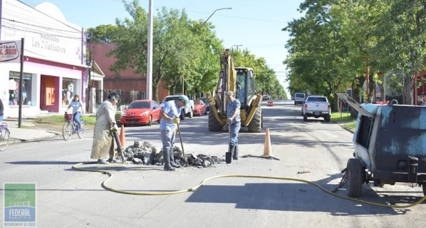 Trabajos de arreglo y mantenimiento de espacios públicos