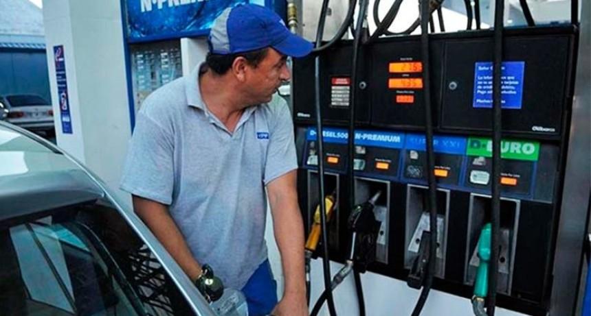 Este viernes aumentan los combustibles hasta un 5%