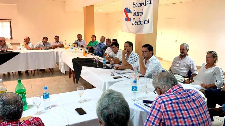 Reunión de Consejo Directivo de Farer  en Federal