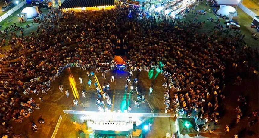 Federal es chamamé: Con bailantas y peñas  comenzó la Fiesta mayor del chamame
