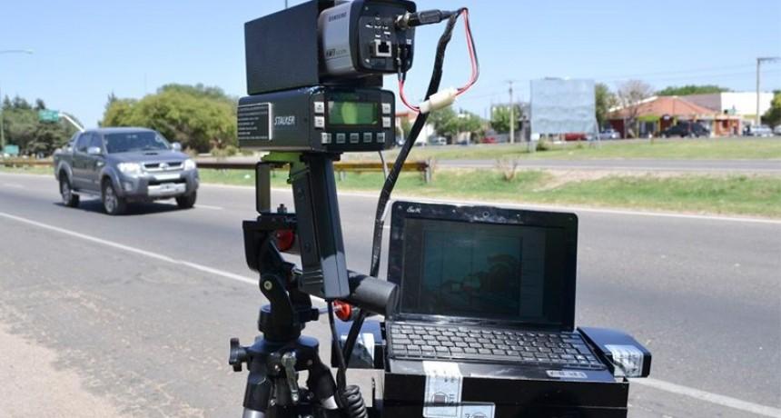 Radares en Entre Ríos: Detectan vehículos que circulan a 210 kilómetros por hora