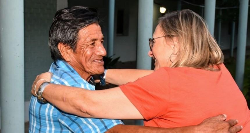 La Ministra de Desarrollo Social visito el  Hogar de Ancianos Casita de los Abuelos- Divino Niño Jesús.