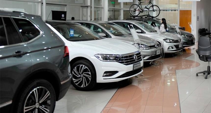 Ofrecen rebajas de hasta $ 437 mil en la compra de autos 0 KM para rematar stock