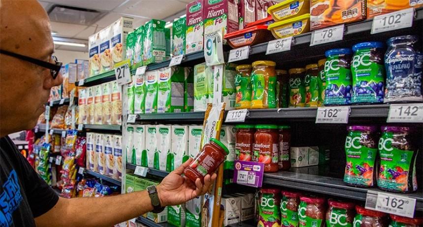 La inflación de enero se desaceleró y fue del 2,3%, informó el INDEC