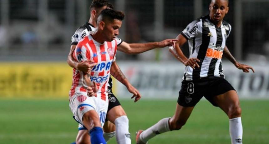 Unión cayó en Brasil pero logró una histórica clasificación en la Copa Sudamericana
