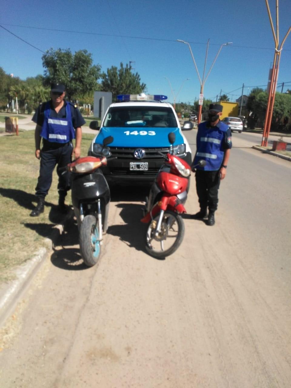 Retención de dos (02) moto vehículos en Sauce de Luna