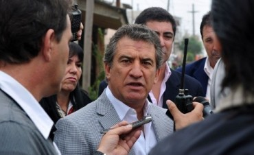 El gobernador entrerriano viaja a Medio Oriente en busca de financiamiento para obras