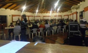 Juventud Radical Renovadora realizó cena con fines solidario
