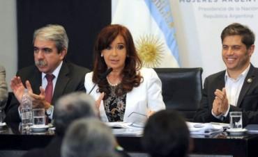 Cristina presentó programas de incentivo al consumo y de ayuda para sectores vulnerables