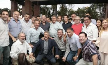 Con fuerte presencia nacional, el FpV festeja en Villa Dolores