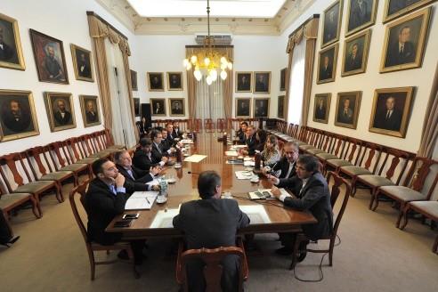 Reunión de Gabinete: Refacción de escuelas, turismo y control de ausentismo fueron los temas tratados