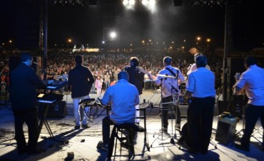 Federal conmemoró dos fecha con un Show musical en el Anfiteatro