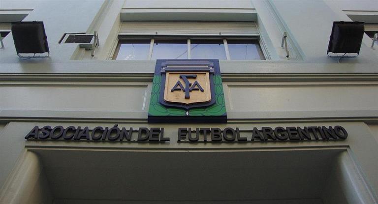 Gobierno oficializó el pago de $ 350 millones a la AFA por la rescisión del FPT