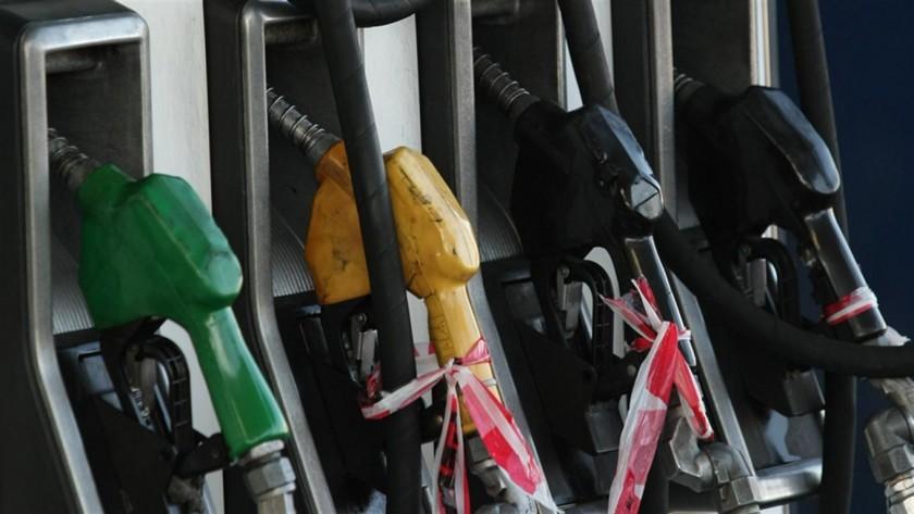 Claves para ahorrar nafta y manejar con hábitos más ecológicos