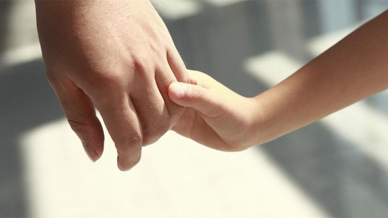 Hay más de 110 niños que esperan ser adoptados en Entre Ríos